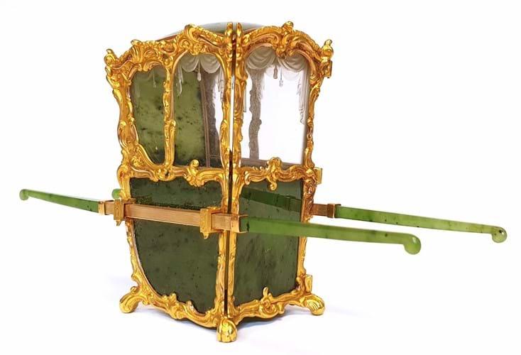 faberge-sedan-chair-2
