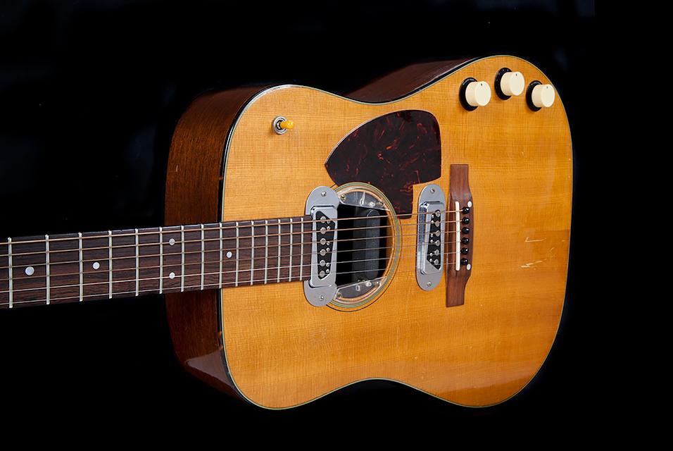 Kurt Cobain 1959 Martin D-18E Guitar