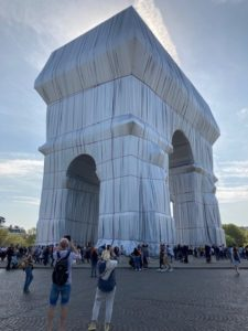 arc de triomphe wrapped Christo and Jeanne-Claude