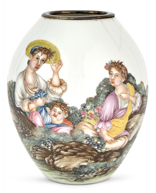 Chinese Imperial Falangcai vase with two european women and baby