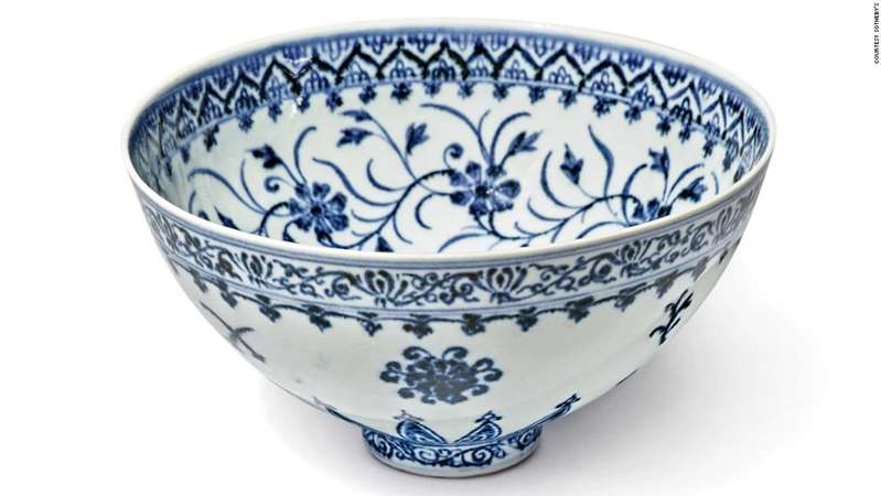 A picture containing ceramic ware, porcelain, tablewareDescription automatically generated